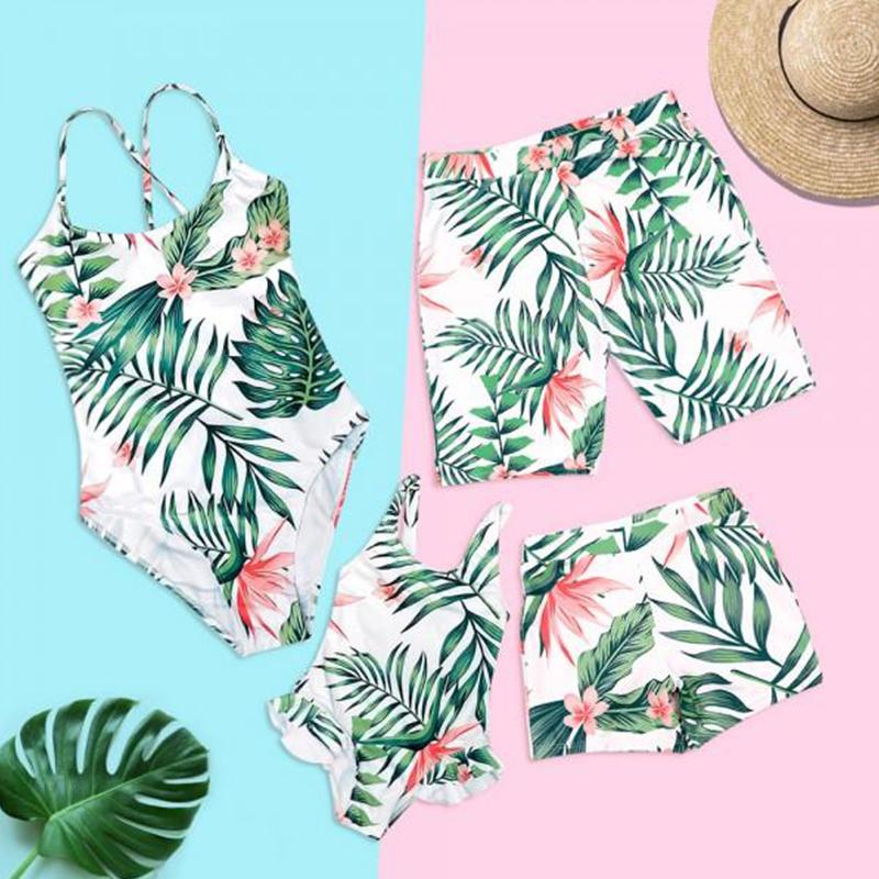 7e84e02fb7 Family Matching Swimwear Tropical Leaf Print Beachwear mae e filha Mommy  and me swimsuit swimming trunks